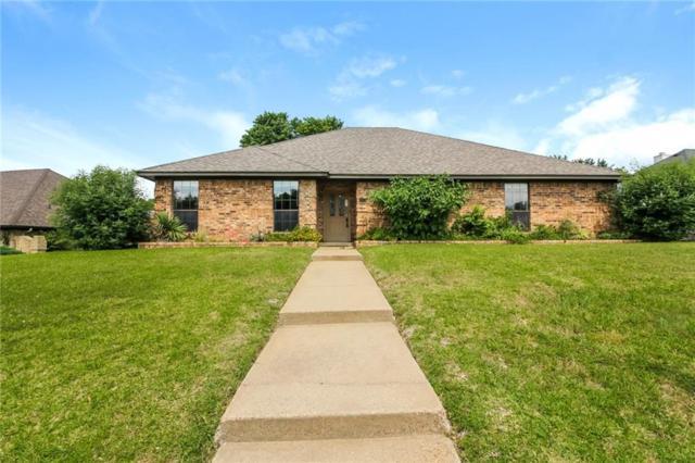 920 Nottingham Drive, Cedar Hill, TX 75104 (MLS #14105025) :: The Heyl Group at Keller Williams