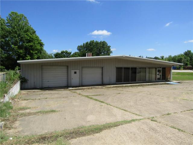 705 SE Washington Street, Idabel, TX 74745 (MLS #14106224) :: RE/MAX Town & Country