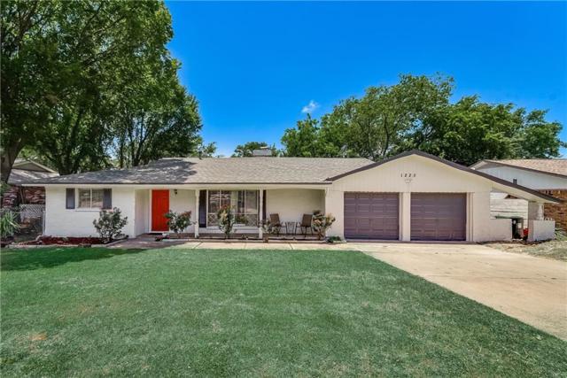 1225 Desiree Lane, Hurst, TX 76053 (MLS #14108210) :: Potts Realty Group