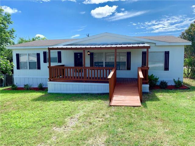 1537 Lark Court, Pelican Bay, TX 76020 (MLS #14108485) :: RE/MAX Town & Country