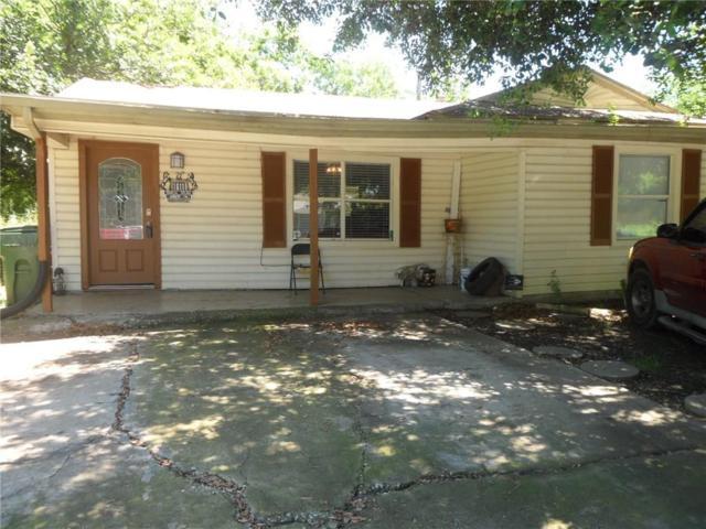 1611 Arbor Lane, Arlington, TX 76010 (MLS #14109235) :: RE/MAX Pinnacle Group REALTORS