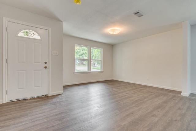 551 Neomi Avenue, Dallas, TX 75217 (MLS #14111012) :: The Real Estate Station