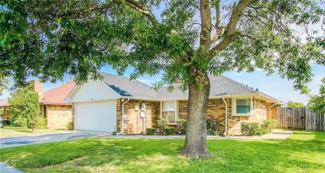 2207 Placid Drive, Carrollton, TX 75007 (MLS #14111428) :: The Real Estate Station