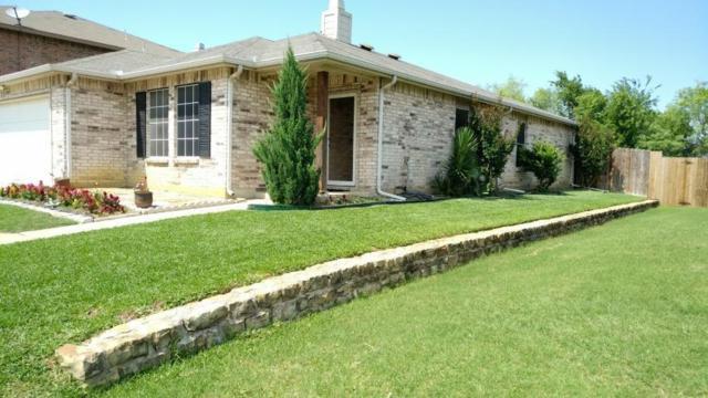 8409 River Bluffs Drive, Arlington, TX 76002 (MLS #14111604) :: Vibrant Real Estate