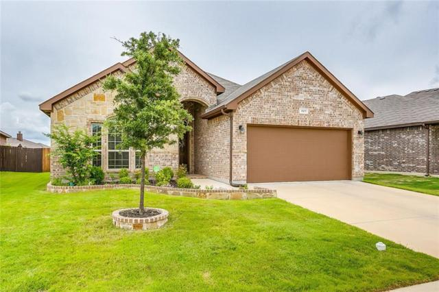 321 Avila Lane, Fort Worth, TX 76052 (MLS #14112222) :: RE/MAX Town & Country