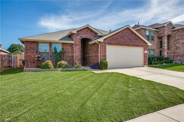 705 Stonedale Drive, Arlington, TX 76002 (MLS #14112403) :: RE/MAX Landmark
