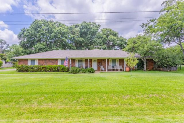 117 Cedar Drive, Highland Village, TX 75077 (MLS #14112668) :: The Rhodes Team