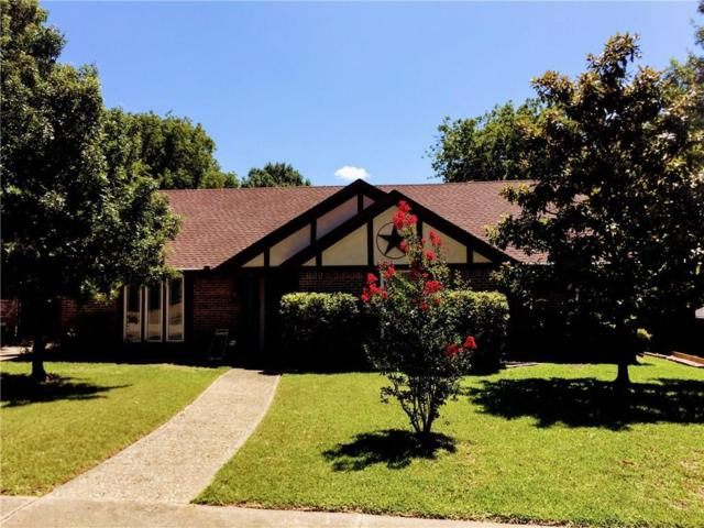 815 Eisenhower Drive, Duncanville, TX 75137 (MLS #14112998) :: Tenesha Lusk Realty Group