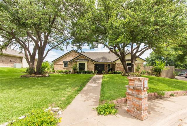415 Ramblewood Circle, Desoto, TX 75115 (MLS #14113059) :: Tenesha Lusk Realty Group
