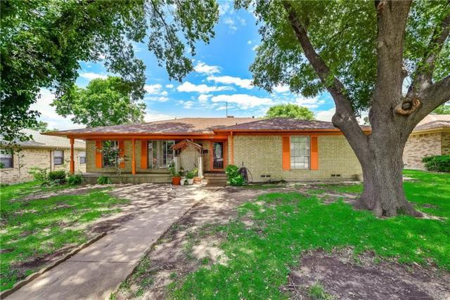 5223 Enchanted Lane, Dallas, TX 75227 (MLS #14113432) :: The Mitchell Group