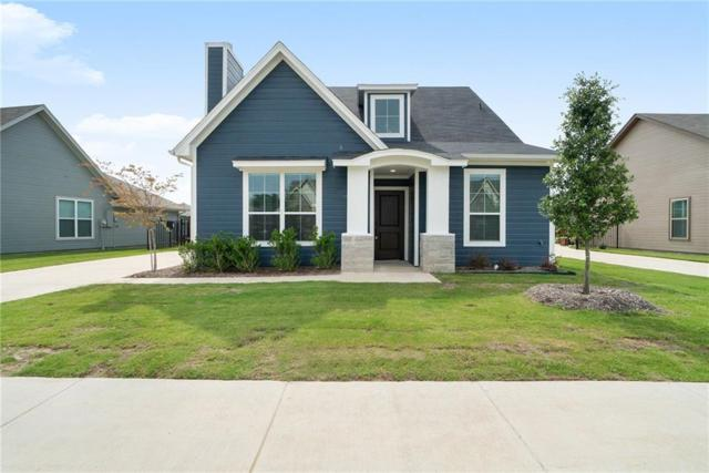 537 Heritage Trail, Burleson, TX 76028 (MLS #14113526) :: RE/MAX Town & Country