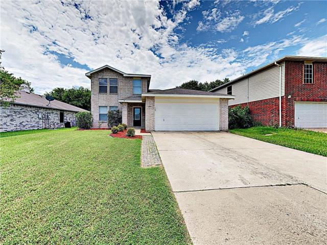 2963 Celian Drive, Grand Prairie, TX 75052 (MLS #14113645) :: RE/MAX Town & Country