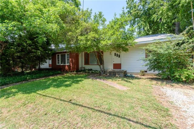 913 Oakland Street, Denton, TX 76201 (MLS #14113803) :: RE/MAX Town & Country