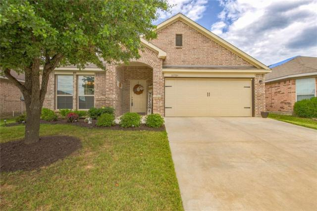 10709 Emerald Park Lane, Fort Worth, TX 76052 (MLS #14115289) :: RE/MAX Town & Country