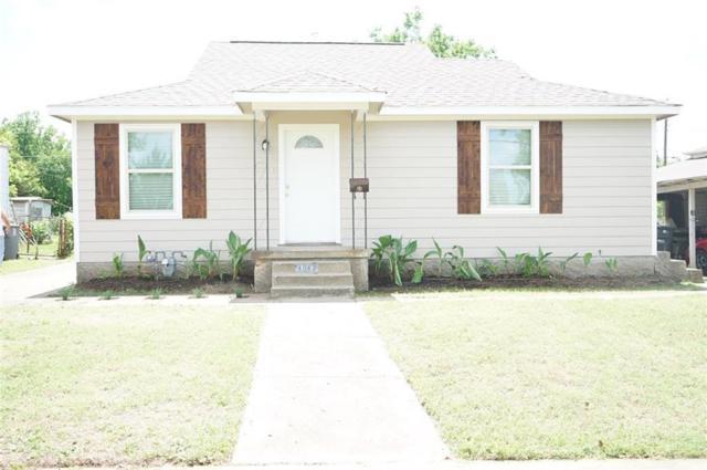 4042 Mount Royal Street, Dallas, TX 75211 (MLS #14115855) :: Kimberly Davis & Associates