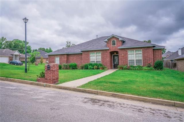 3102 Oak Bend Bend, Tyler, TX 75707 (MLS #14115989) :: Tenesha Lusk Realty Group