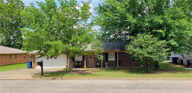 220 Ross Avenue, Denison, TX 75020 (MLS #14116012) :: The Heyl Group at Keller Williams