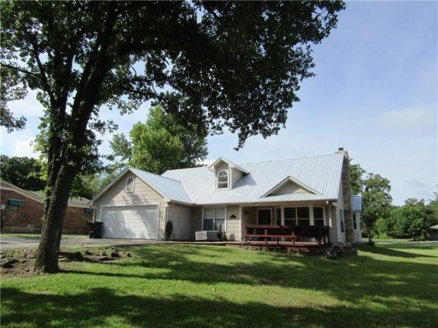 317 Kiowa Drive E, Lake Kiowa, TX 76240 (MLS #14116096) :: The Heyl Group at Keller Williams