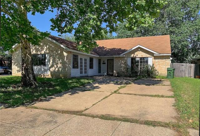 2703 Armstrong Drive, Arlington, TX 76014 (MLS #14116218) :: RE/MAX Town & Country