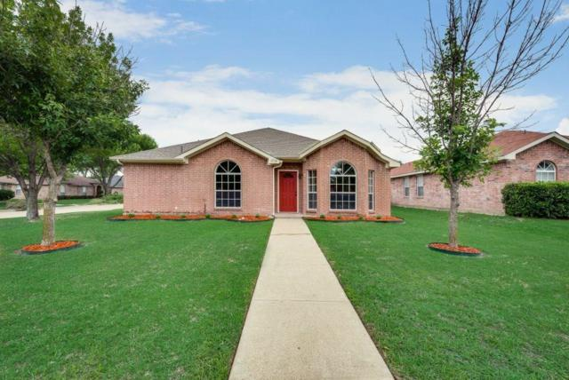 1716 Gentry Street, Lancaster, TX 75134 (MLS #14116275) :: Lynn Wilson with Keller Williams DFW/Southlake