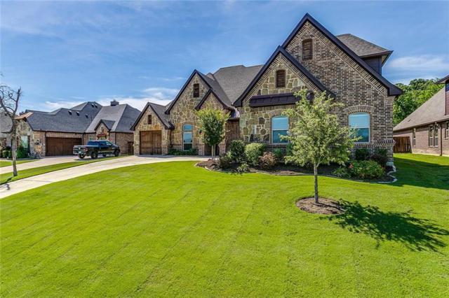 329 Landview Drive, Burleson, TX 76028 (MLS #14116644) :: Kimberly Davis & Associates