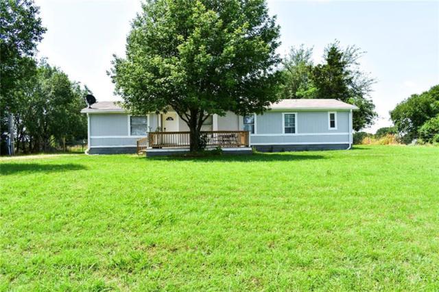 1586 Middle, Denison, TX 75021 (MLS #14116715) :: The Real Estate Station