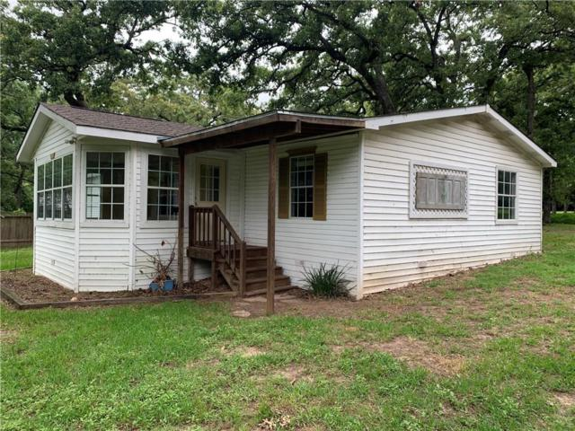 304 Lcr 752A, Groesbeck, TX 76642 (MLS #14116769) :: RE/MAX Town & Country