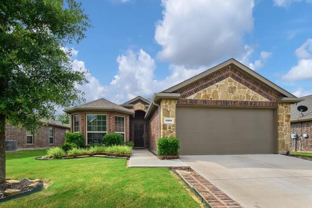 2901 Pecan Grove Drive, Anna, TX 75409 (MLS #14116864) :: RE/MAX Town & Country