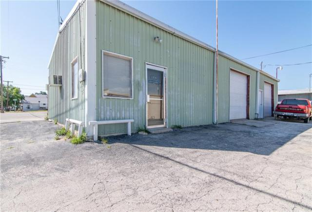 306 W Lee, Brownwood, TX 76801 (MLS #14116889) :: The Heyl Group at Keller Williams