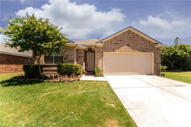909 Lone Pine Drive, Little Elm, TX 75068 (MLS #14117082) :: RE/MAX Town & Country
