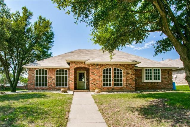 2617 Bauer Drive, Denton, TX 76207 (MLS #14117374) :: Vibrant Real Estate