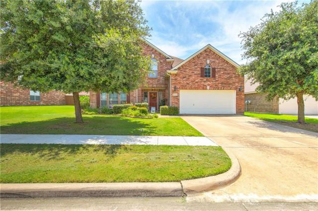 2723 Ferdinand, Grand Prairie, TX 75054 (MLS #14117796) :: RE/MAX Town & Country