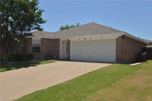 8717 Limestone Drive, Fort Worth, TX 76244 (MLS #14119311) :: RE/MAX Town & Country
