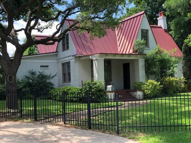 1564 Stemmons Avenue, Dallas, TX 75208 (MLS #14119325) :: Kimberly Davis & Associates