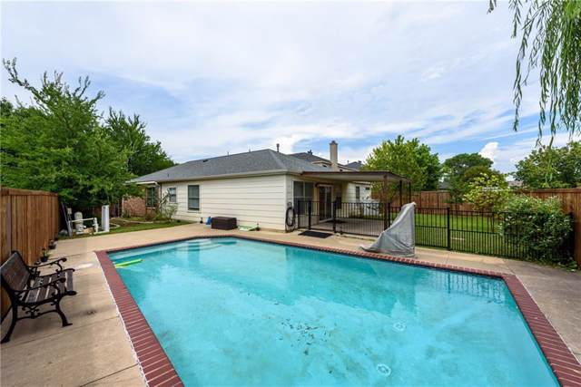 1109 Greenbend Drive, Denton, TX 76210 (MLS #14119545) :: RE/MAX Town & Country