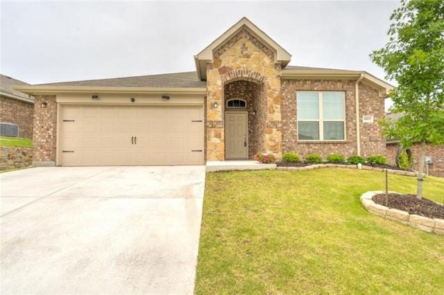10853 Live Oak Creek Drive, Fort Worth, TX 76108 (MLS #14120011) :: RE/MAX Town & Country