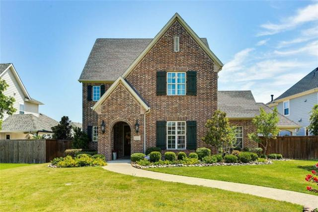 2241 Cardinal Boulevard, Carrollton, TX 75010 (MLS #14120291) :: Kimberly Davis & Associates