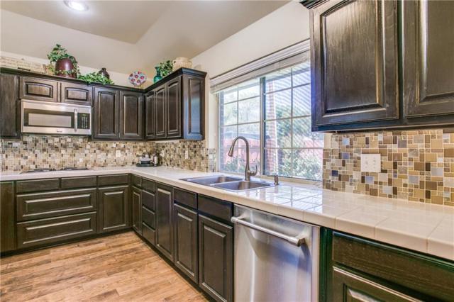 202 Colonial Heights, Sanger, TX 76266 (MLS #14121059) :: Kimberly Davis & Associates