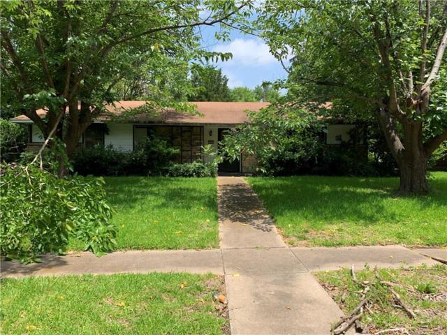 913 Poinsettia Drive, Lancaster, TX 75146 (MLS #14121436) :: Kimberly Davis & Associates