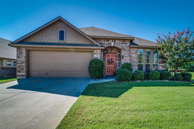 720 Hutchins Drive, Crowley, TX 76036 (MLS #14121682) :: Potts Realty Group