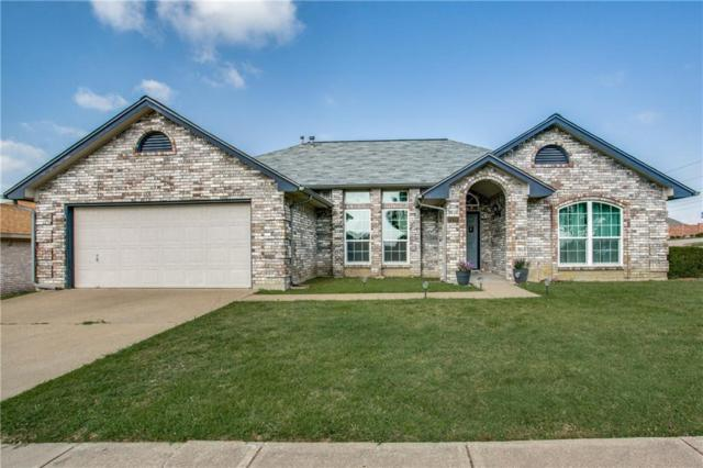 7100 Stonegate Drive, Benbrook, TX 76126 (MLS #14122111) :: RE/MAX Town & Country