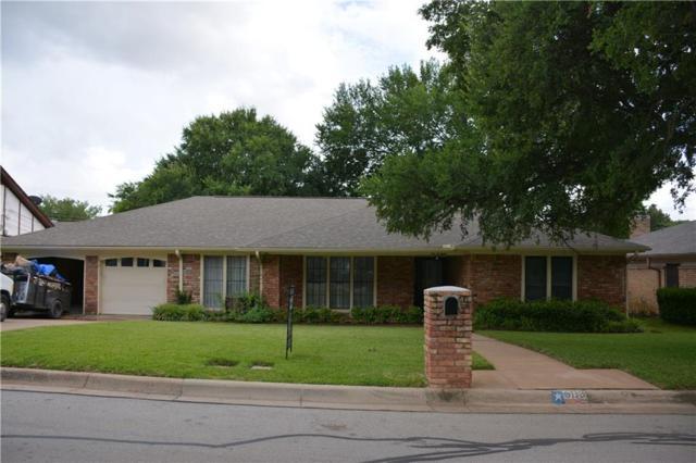 608 Country Green, Arlington, TX 76011 (MLS #14122495) :: The Heyl Group at Keller Williams