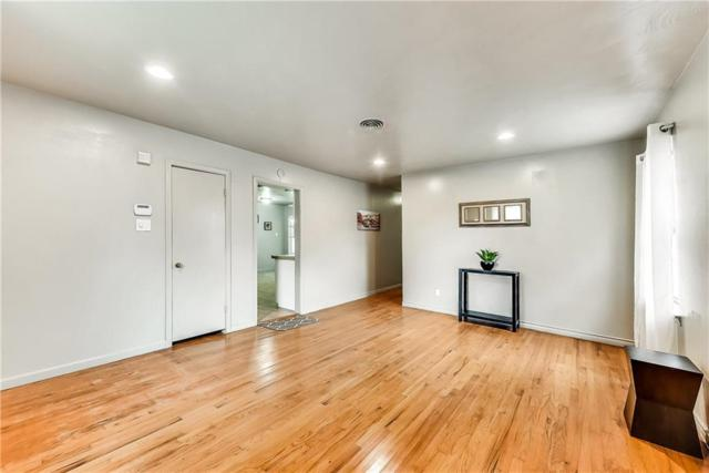 512 Odeneal Street, Dallas, TX 75217 (MLS #14122758) :: Ann Carr Real Estate