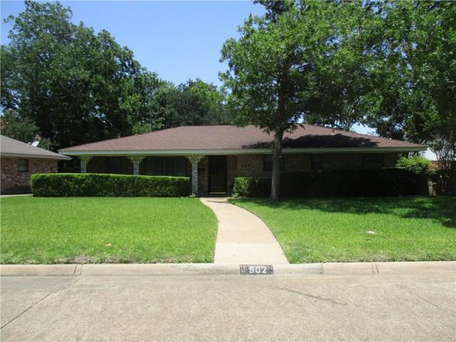 902 Hampshire Street, Grand Prairie, TX 75050 (MLS #14122798) :: Kimberly Davis & Associates