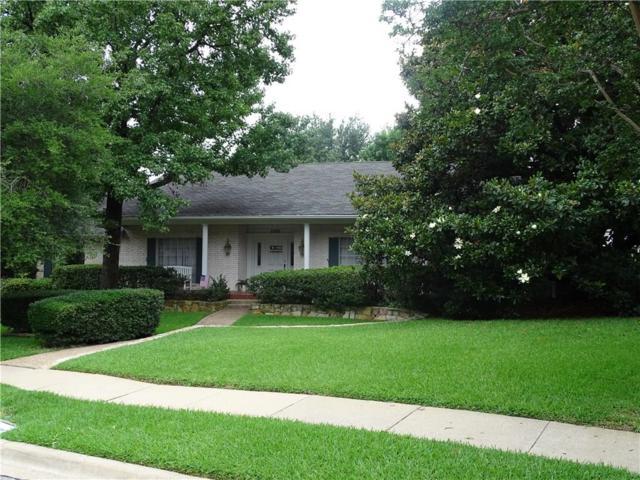 2805 Wingren Road, Irving, TX 75062 (MLS #14123224) :: RE/MAX Pinnacle Group REALTORS