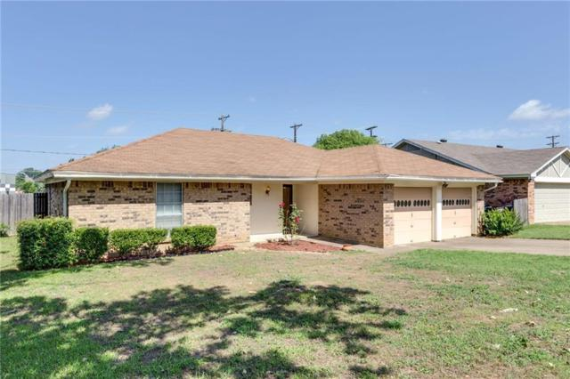 1128 Fox River Lane, Fort Worth, TX 76120 (MLS #14123361) :: Potts Realty Group