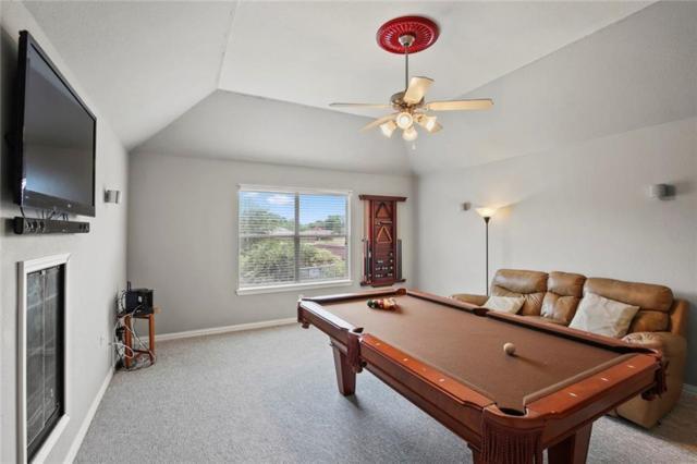 1032 Fair Oaks Drive, Grand Prairie, TX 75052 (MLS #14123674) :: Lynn Wilson with Keller Williams DFW/Southlake