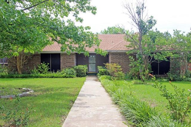 204 Spence Drive, Wylie, TX 75098 (MLS #14124341) :: Kimberly Davis & Associates
