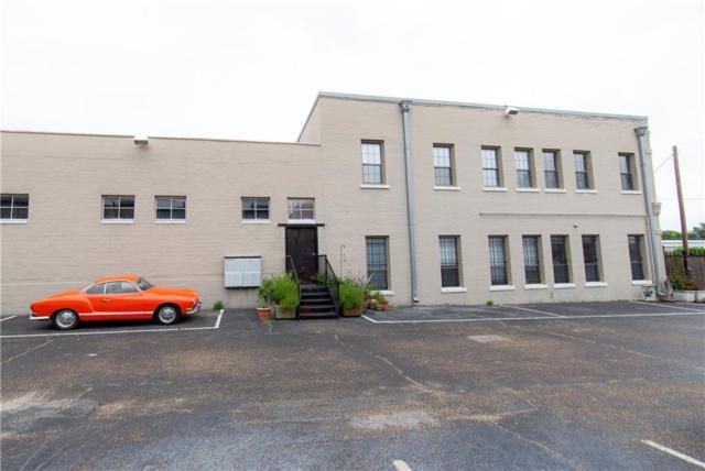 1813 Clarence Street #11, Dallas, TX 75215 (MLS #14124674) :: Van Poole Properties Group