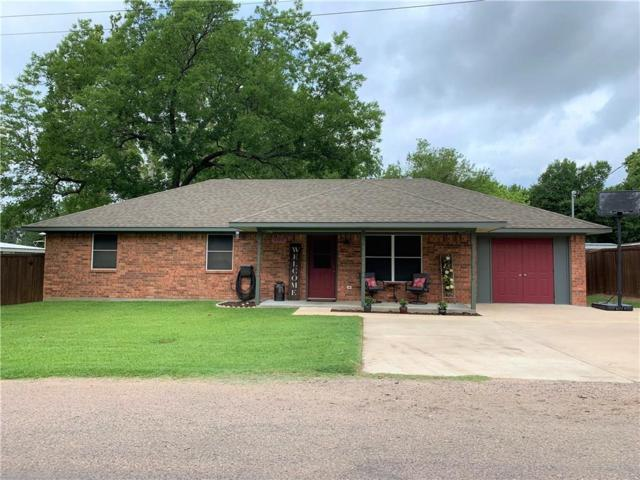 100 Walnut Street, Collinsville, TX 76233 (MLS #14124746) :: North Texas Team | RE/MAX Lifestyle Property